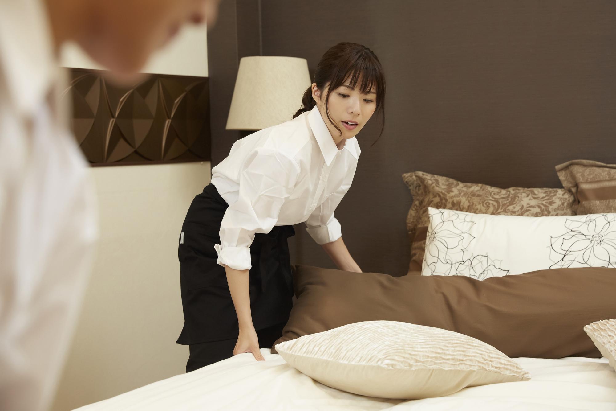 ホテル客室清掃員